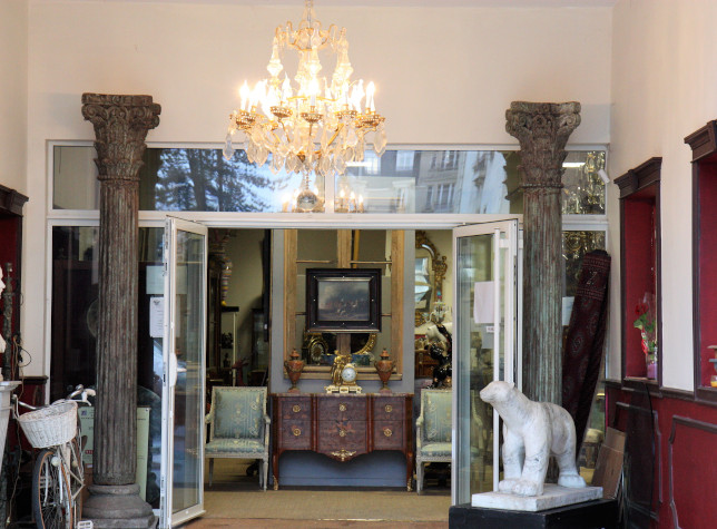 auction valuation chantilly ressons france